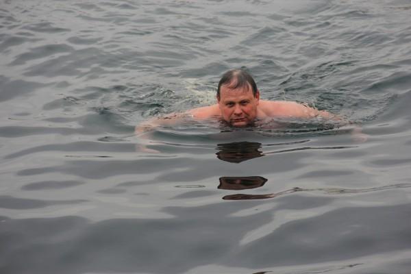 Алексей Меркулов, организаторр и участник заплыва