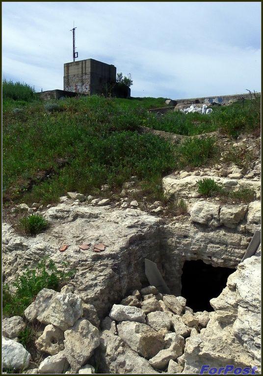 Древний склеп