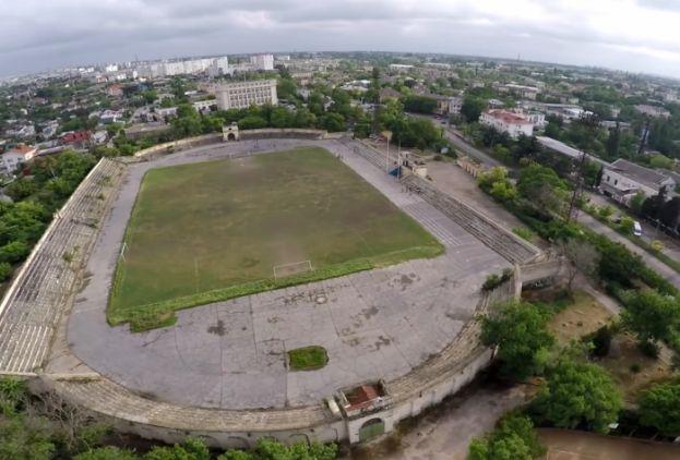 Стадион рядом с Историческим бульваром Севастополя будет отремонтирован Черноморским флотом – депутат