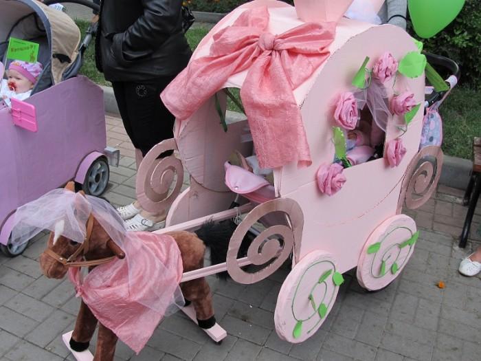 Украшаем коляску своими руками для девочек