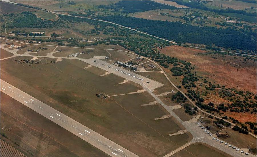 В реконструкции аэродрома «Бельбек» будет участвовать фирма из Санкт-Петербурга