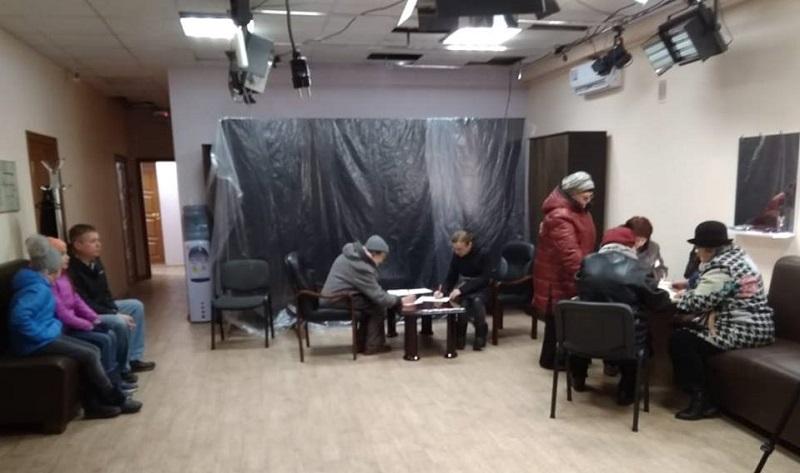 Севастопольцы отстаивают Матросский бульвар и требуют вмешательства Москвы