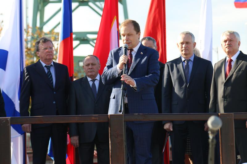 Плавкран грузоподъемностью 700 тонн заложен на Севастопольском морзаводе