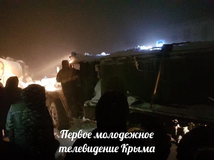 Для спасения людей на Ай-Петри подтянули технику военных
