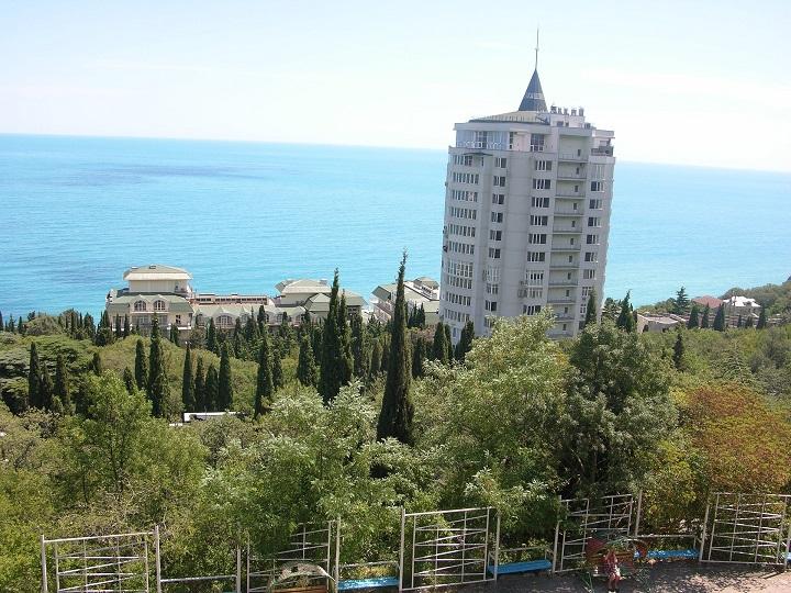 Власти Крыма поставили ультиматум мини-отелям: или легализация — или «золотые» счета за коммунальные услуги