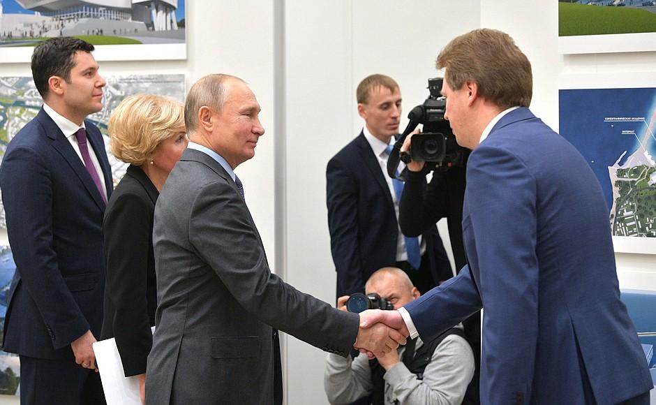 Что Овсянников говорил Путину о строительстве культурного центра в Севастополе