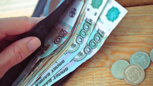 ForPost - Госдума рассмотрит законопроект о повышении МРОТ до уровня прожиточного минимума