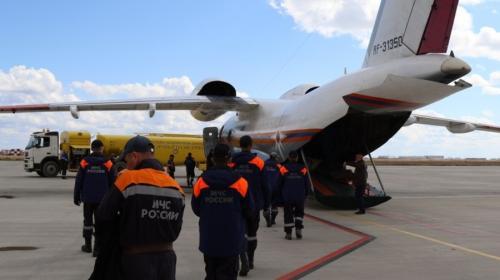 ForPost - Самолет МЧС с выжившей в авиакатастрофе девочкой вылетел в Хабаровск