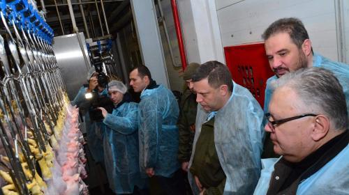 ForPost - Птицефабрика в ДНР получила новое оборудование