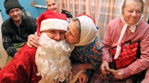 ForPost- Фонд «Старость в радость» собирает подарки для тех, кто их не ждёт