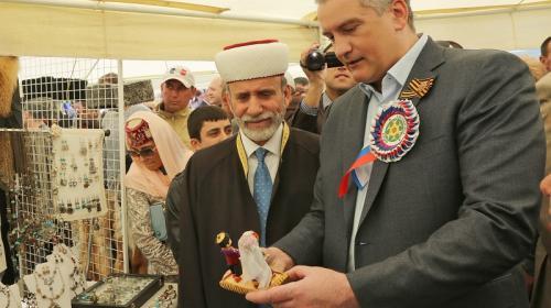 ForPost- Аксёнов создал при себе совет крымских татар