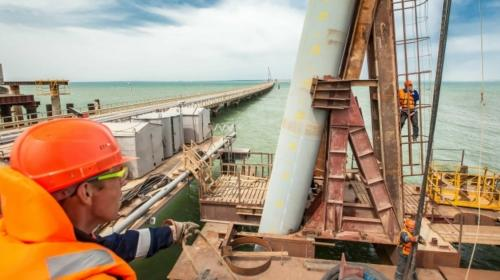 ForPost- За строительство Крымского моста будут награждать медалью