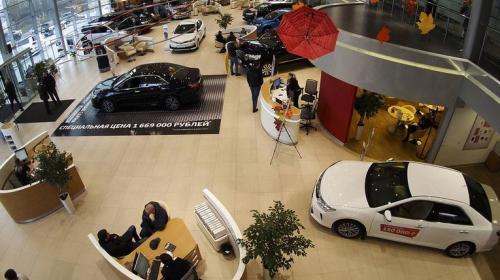 ForPost- Россияне в 2019 году получат возможность регистрировать машины в автосалонах