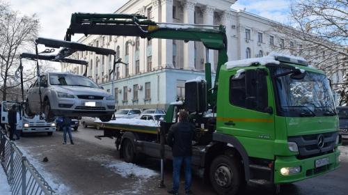 ForPost- Сколько придется заплатить за эвакуацию машины в Крыму