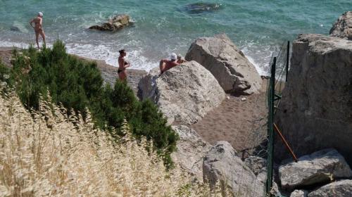 ForPost- Поклонская пообещала севастопольцам разобраться с закрытыми пляжами