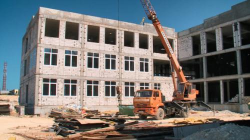 ForPost- На госстройке в Севастополе работают нелегалы