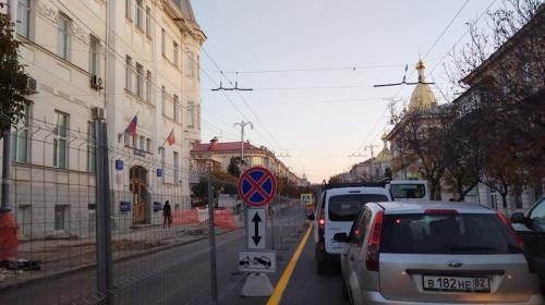 ForPost- Из-за ремонта Большой Морской в Севастополе убрали остановку «Огонёк»