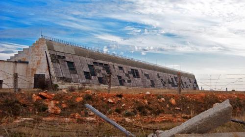 ForPost- На мысе Херсонес демонтируют военный городок