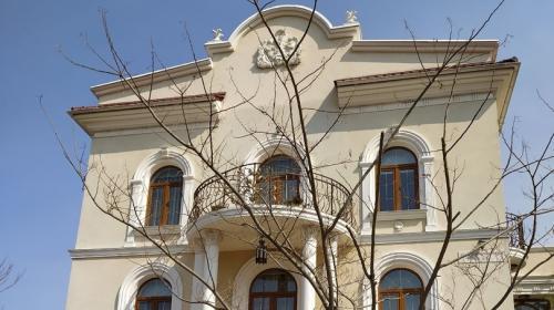 ForPost- В Севастополе за помощью к волонтёрам обратились люди из особняка