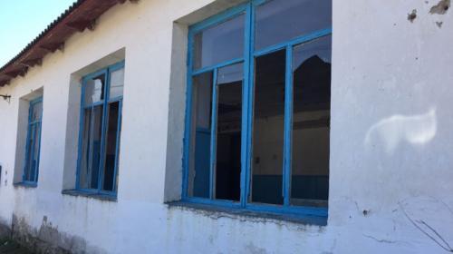ForPost- Сельский клуб Байдарской долины в Севастополе лежит в руинах