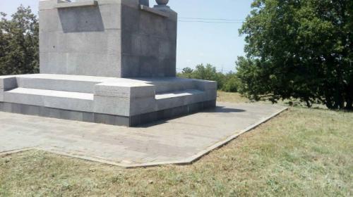 ForPost - У памятника Инкерманскому сражению в Севастополе снова чисто