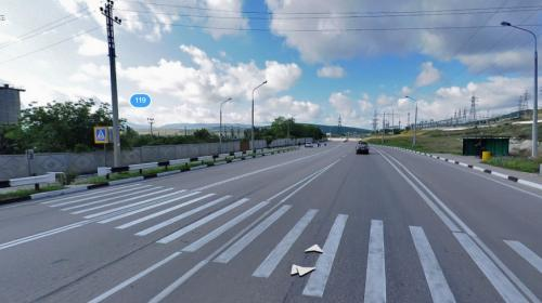 ForPost -  В Севастополе девочку высадили из сбившей её машины