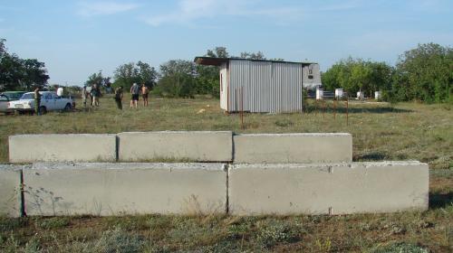 ForPost - В Севастополе два брата атакуют форт «Сталин» стройкой