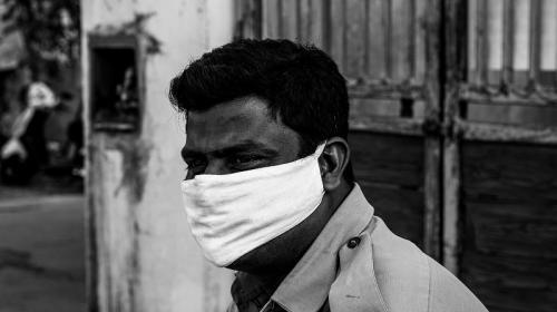 ForPost - Индия вышла на третье место в мире по заболеваемости коронавирусом