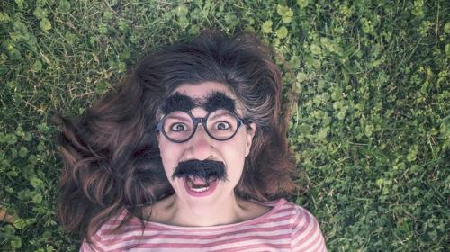 ForPost - Колобок повесился: почему молодёжь перестала рассказывать анекдоты?