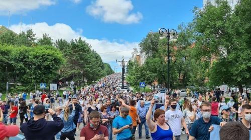 ForPost - Жители Хабаровска устроили шествие в поддержку губернатора Фургала