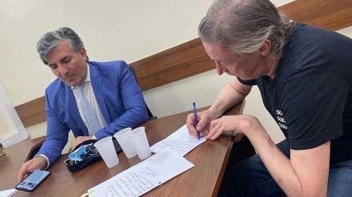 ForPost - Адвокат Ефремова назвал бредом попытку актёра дать взятку ДПС