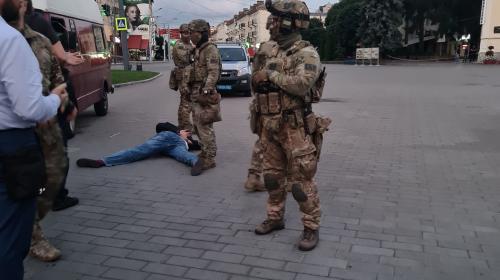 ForPost - Террорист, захвативший автобус в Луцке, задержан