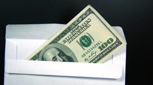 ForPost - Рынок труда: почему россияне готовы получать зарплату в конвертах