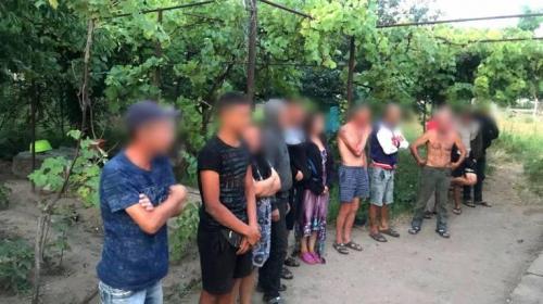 ForPost - Мужчина на Украине завел себе рабов и сдавал их в аренду