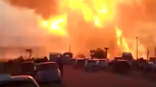 ForPost - Очевидцы сняли на видео уничтожение краснодарской АЗС мощным взрывом