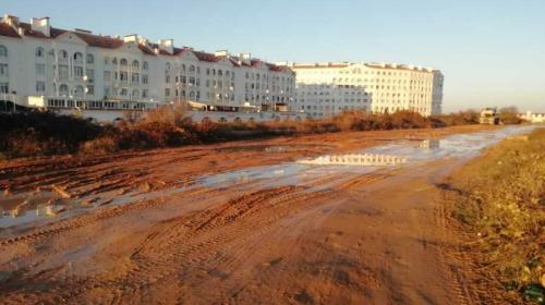 ForPost - Севастопольцы остаются без дороги из-за «Херсонеса»