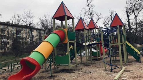 ForPost - С детскими и спортплощадками в Севастополе всё отвратительно