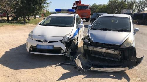 ForPost - В Севастополе произошло ДТП с участием полиции