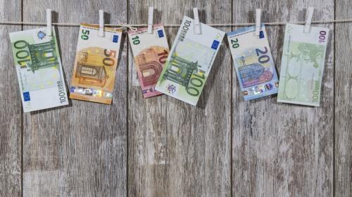 ForPost - Европа пожертвует евро ради спасения экономики