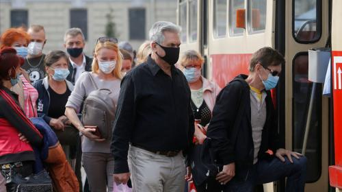 ForPost - На Украине впервые выявили более 5 тысяч новых случаев COVID-19 Короткая ссылка