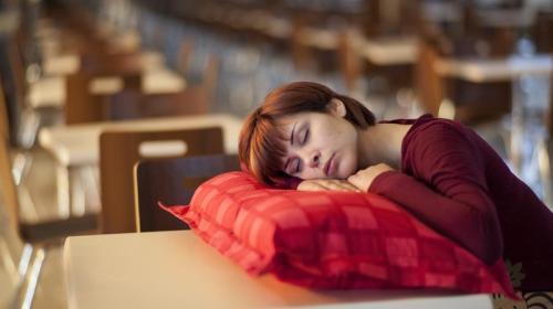 ForPost - Названы опасные причины дневной сонливости