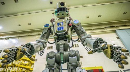 ForPost - Робот Фёдор лишился аккаунта из-за «пьяных космонавтов»