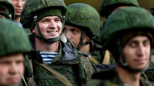 ForPost - В России хотят сократить каждого десятого военнослужащего
