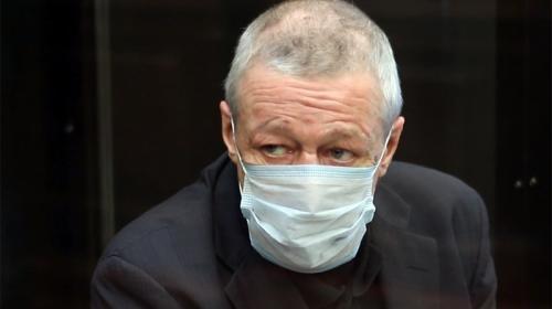 ForPost - Адвокаты Ефремова принесли миллионы рублей на пересмотр приговора