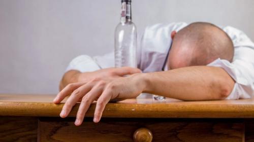 ForPost- В Севастополе просят запретить продажу алкоголя