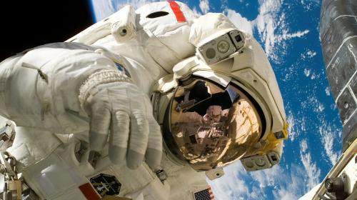 ForPost- «Роскосмос» отказывается участвовать в лунной программе США