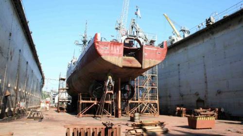 ForPost- 13-й судоремонтный завод в Севастополе обеспокоен своим будущим