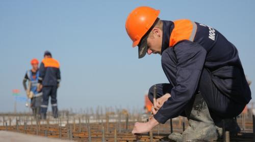 ForPost- Крымский мост начали разбирать строители (Фото)