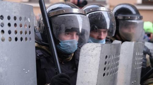 ForPost- В России в разы увеличили штрафы за неповиновение силовикам