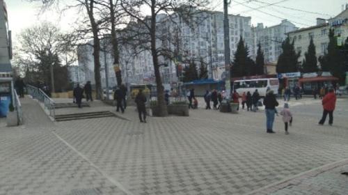 ForPost- Севастопольцы не узнали родную улицу без торговцев с пола